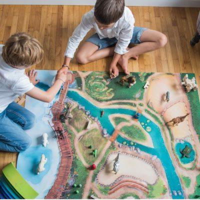 "Tapis de jeu ""Royaume des animaux"" Moyen 120 x 90 cm"